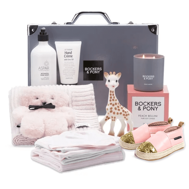 Splendid Baby Girl Luxury Gift Hamper - Classic gift hamper